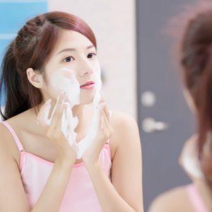 【ニキビや吹き出ものが増えた原因は?】「洗顔料によって吹き出ものが増えた?減った?」の回答をまとめました。